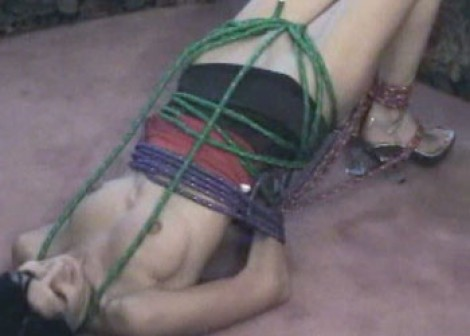 Latina babe Roxanne gets hogtied